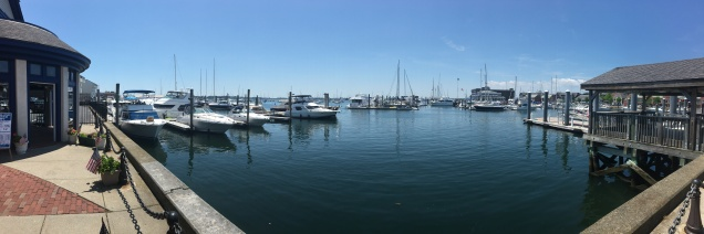 A view of the harbor standing at the port in Bowen's Wharf (Newport).